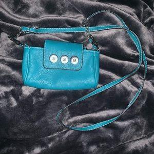 Turquoise Ginger Snap Crossbody bag EUC 3 snap